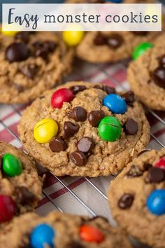 Peanut Butter M&M Monster Cookies are full of peanut butter, oatmeal, M&M's, chocolate chips and.no flour. Big batch cookies that are freezer friendly. Peppermint Patties, Almond Joy, Candy Bars, Dessert Recipes, Desserts, Copycat Recipes, Chocolate Chips, Peanut Butter, Oatmeal