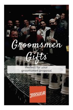 Discover recipes, home ideas, style inspiration and other ideas to try. Asking Groomsmen, Groomsmen Gift Bags, Groomsmen Gifts Unique, Groomsmen Proposal, Wedding Party Favors, Diy Wedding, Wedding Gifts, Wedding Venues, Wedding Ideas