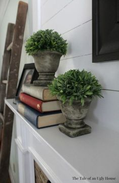 Most up-to-date Snap Shots Fireplace Mantels styling Concepts New farmhouse fireplace mantel fixer upper Ideas, Family Room Decorating, Fireplace Mantle Decor, Farmhouse Fireplace, Farmhouse Mantle Decor, Traditional Fireplace Mantel, Fixer Upper Living Room, Farmhouse Interior, Fireplace, Home Fireplace