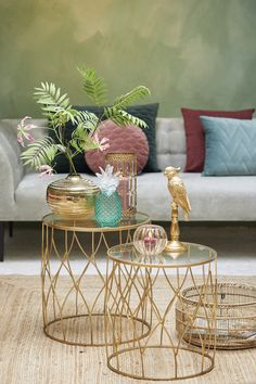 Side tables are the best! They're small and look great in any home. Use one to display a few trendy accessories or as an easy-to-reach place for your glass of wine; it looks great no matter what. Put it in the living room as a side table or in the bedroom as a bedside table for a perfect look.