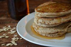 Banana Oat Blender  Pancakes | mountainmamacooks.com #glutenfree #dairyfree