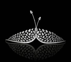 London fine jeweller David Morris' new diamond tiaras combine fashion and high jewellery for a cute and contemporary accessory for your wedding day.