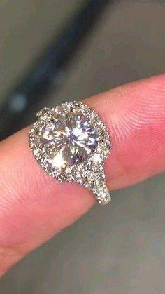 Estate 2.10Ct Marquise Diamond White Gold Finish 3D Classic Anniversary Ring