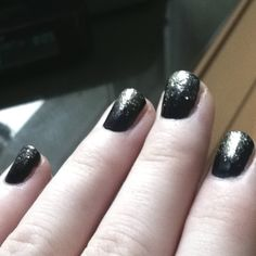 Fading glitter nails!