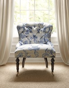 Middleton Chair in Shrewsbury Blue & White #Thibaut