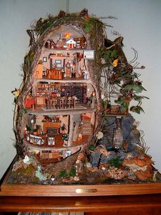 Brambly Hedge Tree Cottage