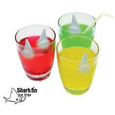 shark fin ice tray - This summer, take the breath away from your guests by slipping a surprise ice cube into their drinks from the Shark Fin Ice Tray. The Shark Fin Ice. Shark Fin, Shark Week, Ice Cube Trays, Ice Tray, Ice Cubes, Cool Sharks, Frozen, Ice Molds, Shark Party