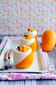 Come learn How to Make Mango Panna Cotta with video tutorial. A quick and easy dessert that is perfect for partiese learn How to Make Mango Panna Cotta with video tutorial. A quick and easy dessert that is perfect for parties. Best Easy Dessert Recipes, Easy Desserts, Delicious Desserts, Cake Recipes, Potluck Desserts, Dinner Recipes, Recipes With Mascarpone Cheese, Mango Panna Cotta, Mango Desserts