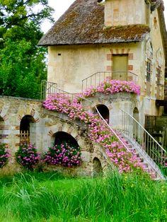 djferreira224: Pretty Little Cottage - France