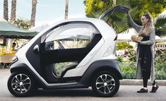 Small Electric Cars, Electric Motor For Car, Electric Golf Cart, Electric Vehicle, Best Electric Car, Ibiza Beach Hotel, New Renault, Compare Cars, Kia Motors