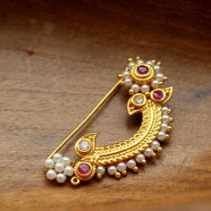 Clip on nath - No Piercing needed nose ring Indian Wedding Jewelry, Indian Jewelry, Bridal Jewelry, Nose Ring Jewelry, Ruby Jewelry, Nath Nose Ring, Jewelry Tree, Glass Jewelry, Nose Ring Designs