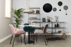 Zuiver - Brit Spisebordsstol m/armlæn - Rosa - Rosa spisebordsstol med armlæn Bar Chairs, Dining Chairs, Sit Back And Relax, Other Rooms, Office Desk, Home Accessories, New Homes, Furniture, Interior Design