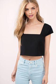 Boxy Crop Top, Black Crop Tops, Long Sleeve Crop Top, Batik Fashion, Square Neck Top, Crop Top Outfits, Casual Tops For Women, Flowy Tops, Chiffon Tops