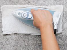 Carpet Cleaning Tips. Discover These Carpet Cleaning Tips And Secrets. You can utilize all the carpet cleaning tips in the world, and guess exactly what? You still most likely can't get your carpet as clean on your own as a pr Deep Cleaning Tips, House Cleaning Tips, Diy Cleaning Products, Spring Cleaning, Cleaning Hacks, Rug Cleaning, Cleaning Solutions, Clean Baking Pans, Cleaning Painted Walls
