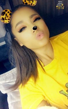 Image in Ariana Grande collection by brandon 💫 Disney Instagram, Instagram Girls, Snapchat, Bae, Ariana Grande Pictures, Dangerous Woman, Favorite Person, Art Music, Foto E Video