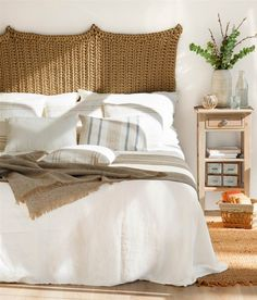 4 easy ideas and low cost to customize your headboard Dream Bedroom, Home Bedroom, Diy Bedroom Decor, Master Bedroom, Home Decor, Bedrooms, Feng Shui House, Headboards For Beds, Sweet Home