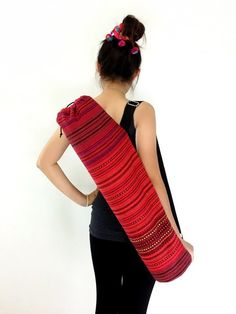 Crochet Handbags, Crochet Bags, Crochet Ideas, Crochet Projects, Crochet Patterns, Tie Dye Bags, Yoga Mat Bag, Crochet Shell Stitch, Harem Trousers