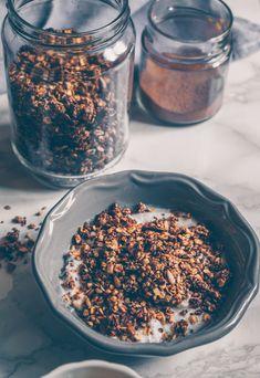 Cinnamon and tahin sugar free granola (Vegan)