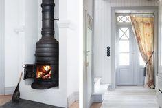 Fiskar Karlssons väg 4 - Ingarö - ESNY Design Inspiration, Home Appliances, Swedish Style, Home, Interior Design Inspiration, Scandinavian Interior Design, Interior Design, Scandinavian Interior Design Inspiration, Wood Stove