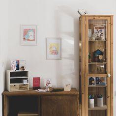 Design & illustration by indie artists - wunderbär Diy Trend, Finding Joy, Liquor Cabinet, Indie, Bookcase, Shelves, Artists, Creative, Shelving