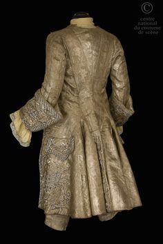 Opera National de Paris Habit of the eighteenth century style. Back View
