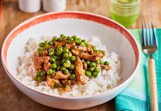 Borsos tokány, ahogy mi készítjük Kung Pao Chicken, Risotto, Chicken Recipes, Ethnic Recipes, Kitchen, Pork Meat, Food, Seasons, Street