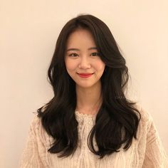 Grace Firm Nice Women's Hair Styles Grace Firm For other models, you can … Korean Hairstyle Long, Hair Inspo, Hair Inspiration, Medium Hair Styles, Curly Hair Styles, Ulzzang Hair, Modern Hairstyles, Asian Hairstyles, Long Wigs