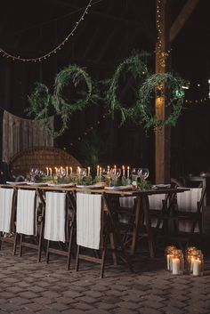 A rustic styled shoot at Elmley Court Nature Reserve, a barn wedding venue in Kent featuring Kent suppliers and bohemian winter wedding ideas and inspiration.
