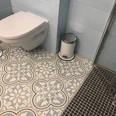 Inspirasjon - Marokkanske fliser - Historiske fliser - vakrefliser.no Pottery Barn, Blog, Lettering, Space, Bathroom, Creative, Flooring, Tutorials, Floor Space