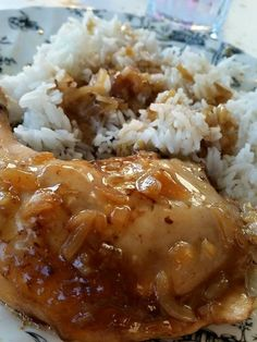 { Tupperware } Poulet au coca Plus Tupperware Pressure Cooker, Pollo Chicken, Tupperware Recipes, Moussaka, Budget Meals, Slow Cooker, Food And Drink, Meat, Cooking