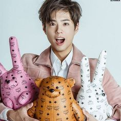 Park Bo Gum is just too adorable in pink hues for 'K Wave' | http://www.allkpop.com/article/2016/04/park-bo-gum-is-just-too-adorable-in-pink-hues-for-k-wave
