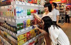 Uma rede de supermercados recém-inaugurada em Seul, na Coreia do Sul, resolveu dar fim aos carrinhos ou sacolas de compra. A loja usa a tecnologia QR Code para vender seus produtos, e os clientes só precisam apontar seus telefones aos ...
