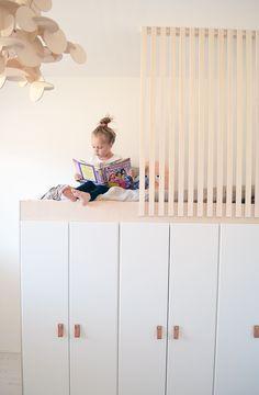 Lastenhuoneet ovat meillä vajaan kymmenen neliön kokoisia, eli ei mitenkään kauhean suuria, joten tästäkin...