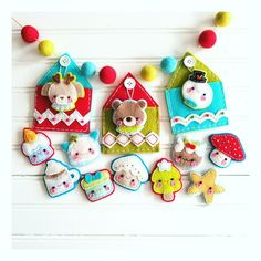 Let's begin the Holiday crafting season with this adorable Advent Calendar!!