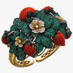 Michele della Valle's Captivating Jewellery Creations, as worn by Margarita Missoni Bohemian Jewelry, Modern Jewelry, Fine Jewelry, Luxury Jewelry, Jewelry Box, Candy Jewelry, Jewelry Auctions, Wholesale Silver Jewelry, Silver Engagement Rings