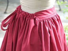 Show Tell Share: How to Make an Easy Pioneer Trek Skirt