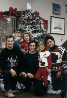 Full House, miss this show! Tio Jesse, Uncle Jesse, Full House Tv Show, Full House Cast, Full House Netflix, Rupaul, Full House Funny, Full House Memes, Christmas Tv Shows