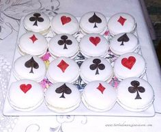 Queen of Hearts Alice in Wonderland Tea Party Macarons Poker Cake, Queen Of Hearts Alice, Alice Tea Party, Party Fiesta, Alice In Wonderland Tea Party, 60th Birthday Party, Themed Cupcakes, Its My Bday, First Birthdays