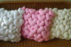 little hearts, big pillows Cute Pillows, Diy Pillows, Decorative Pillows, Cushions, Fabric Crafts, Sewing Crafts, Sewing Projects, Projects To Try, Diy And Crafts