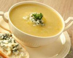 Soupe minceur d'oseille au roquefort : http://www.fourchette-et-bikini.fr/recettes/recettes-minceur/soupe-minceur-doseille-au-roquefort.html