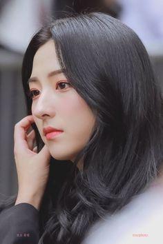 Kpop Girl Groups, Korean Girl Groups, Kpop Girls, Yuehua Entertainment, Starship Entertainment, Spiderman Meme, Bubblegum Pop, Cheng Xiao, Space Girl