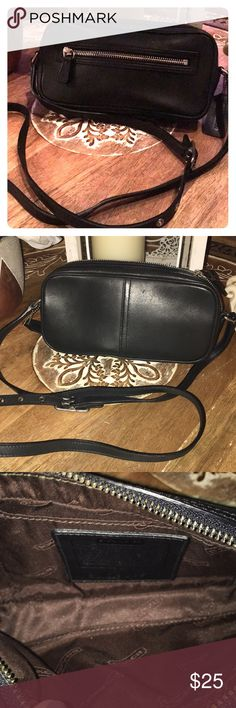 Coach cross body purse Authentic  Black genuine leather 9x5 44 inch strap Barely used 🚫sorry no trades Coach Bags Crossbody Bags