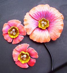 Vintage Set Enamel Pink Poppy Flowers Earrings Pin Brooch Rhinestones Demi Parure