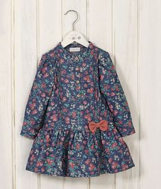 Frocks For Girls, Toddler Girl Dresses, Little Girl Dresses, Girls Frock Design, Baby Dress Design, Baby Frocks Designs, Kids Frocks Design, Baby Outfits, Kids Outfits