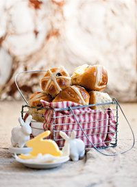 Hot cross buns | SARIE | Paasbolletjies #Easter #food, Milton Real Estate agent, Katherine Barnett, broker