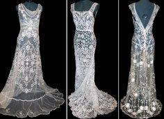 ドレスの形したレース |