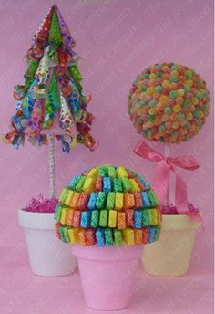Do one of those but with starburst Candy Trees, Candy Flowers, Candy Arrangements, Bar A Bonbon, Sweet Trees, Candy Crafts, Arts And Crafts, Diy Crafts, Chocolate Bouquet