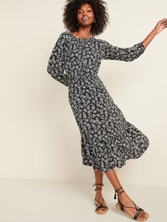 Old Navy Floral-Print Waist-Defined Midi Dress Midi Dress With Sleeves, Black Midi Dress, Winter Dresses, Summer Dresses, Family Picture Outfits, Old Navy Dresses, Women's Dresses, Old Navy Women, Flare Skirt