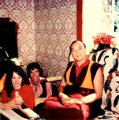 """11. Hannah und Ole Nydahl 1974 mit Karmapa © W-film / Connected Pictures. Pressebilder """"Hannah – Ein buddhistischer Weg zur Freiheit"""" Kinostart: 18.01.2018"""