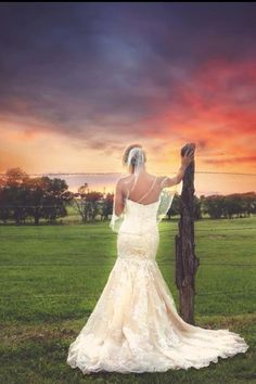 """""""A Country Wedding"""" 2014 Lisa Blevins Photography www.lisablevinsphotography.com"""